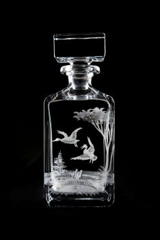 24 oz whiskey decanter - duck design by Queen Lace Crystal
