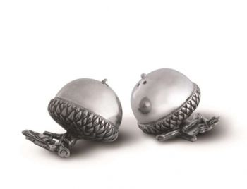 Acorn salt and pepper shakers by Vagabond House