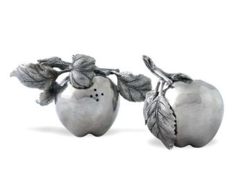 Pewter salt and pepper shakers by Vagabond House