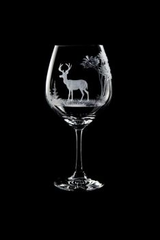 Vino Grande Wine Glass - White Tail Deer Design - Queen Lace Crystal