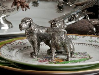 Pewter hunting dogs salt and pepper set by Vagabond House