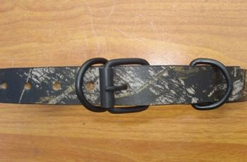 Mossy Oak Break Up Leather Dog Collar by Royden
