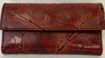 Womans Wallet by Leaf Leather